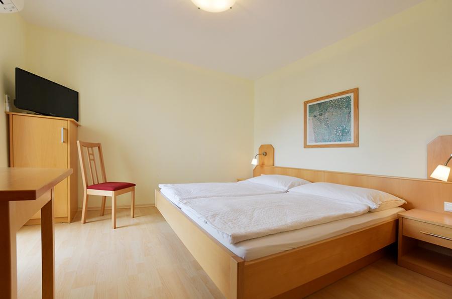 Doppelzimmer am Blumenhof Wegleitner